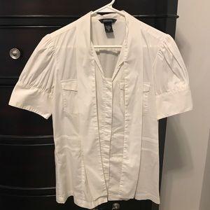 Women's Botton down short sleeve shirt, Size M